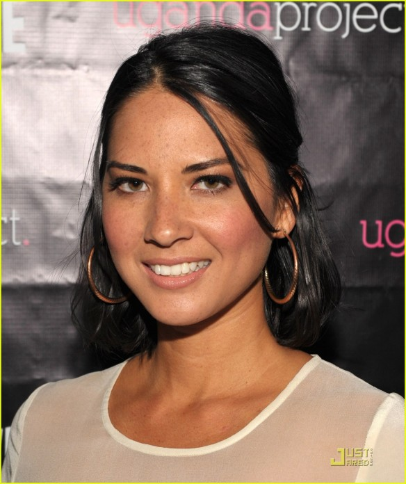 olivia-munn-uganda-project-fundrasier-with-jason-ritter-04