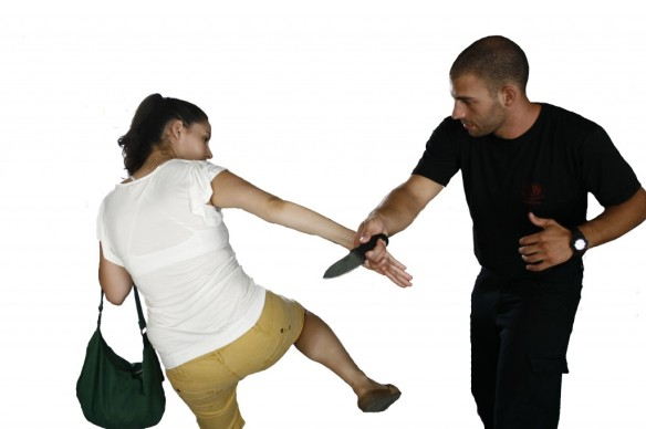 women-self-defense-3-1024x682